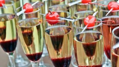 5 Benefits of Appetizers for Wedding Cocktail Hour in Chicago
